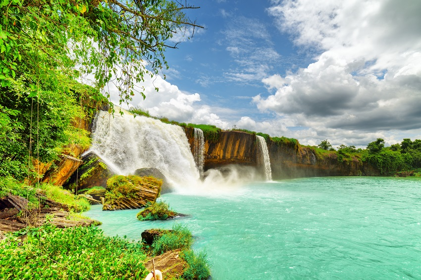 bigstock The Dray Nur Waterfall In Dak 174745873 SM