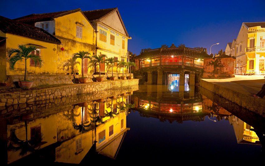 bigstock Japanese Bridge In Hoi An Vie SM
